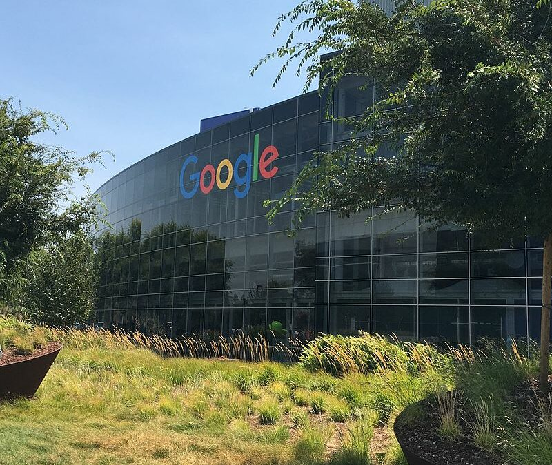 Google Zentrale in Mountain View, Kalifornien. Bild: The Pancake of Heaven, Alphabet (Google) headquarters, Mountain View, California, Lizenz: CC BY-SA 4.0.